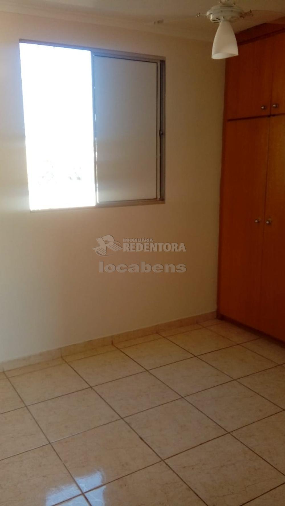 Comprar Apartamento / Padrão em São José do Rio Preto R$ 145.000,00 - Foto 6