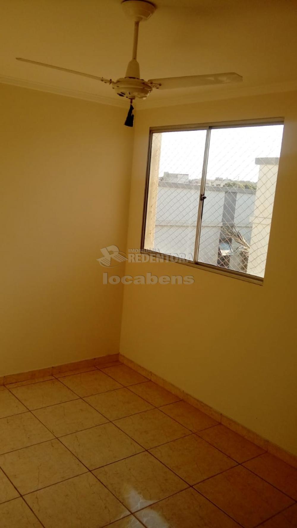 Comprar Apartamento / Padrão em São José do Rio Preto R$ 145.000,00 - Foto 1