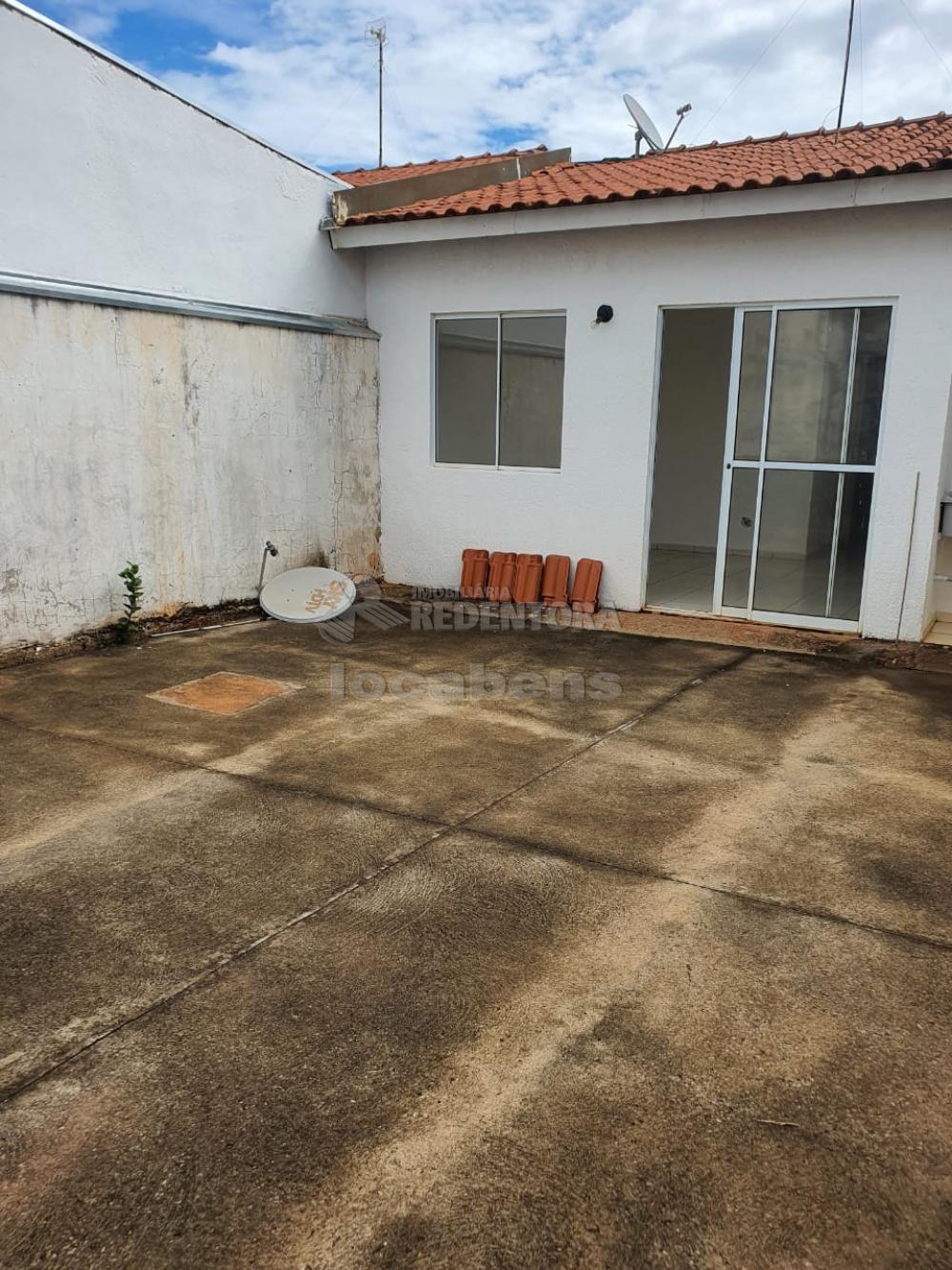 Alugar Casa / Condomínio em São José do Rio Preto R$ 1.100,00 - Foto 8