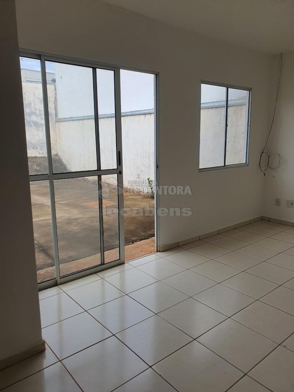 Alugar Casa / Condomínio em São José do Rio Preto R$ 1.100,00 - Foto 9