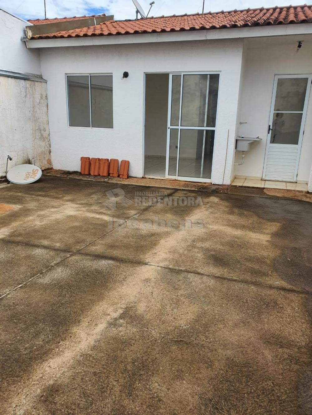 Alugar Casa / Condomínio em São José do Rio Preto R$ 1.100,00 - Foto 11