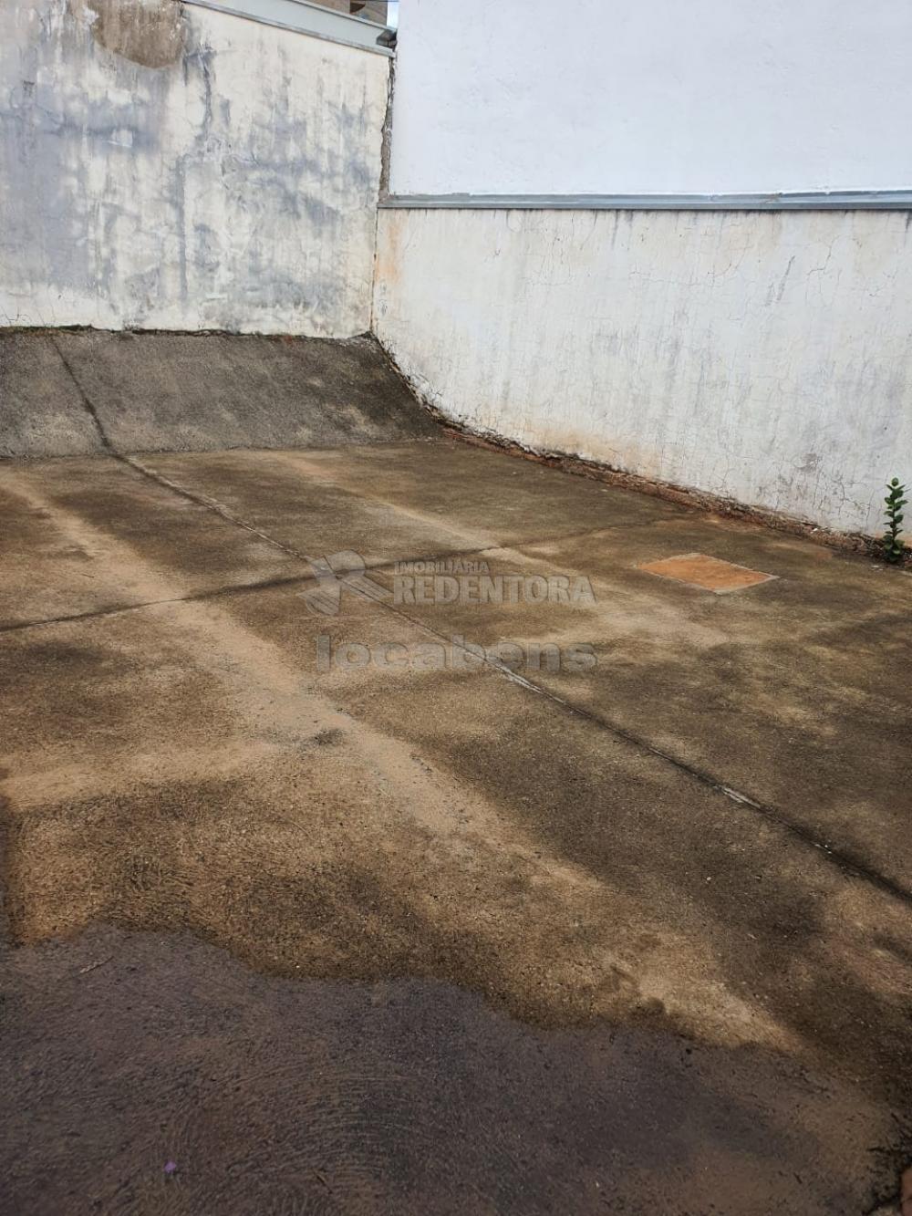 Alugar Casa / Condomínio em São José do Rio Preto R$ 1.100,00 - Foto 13