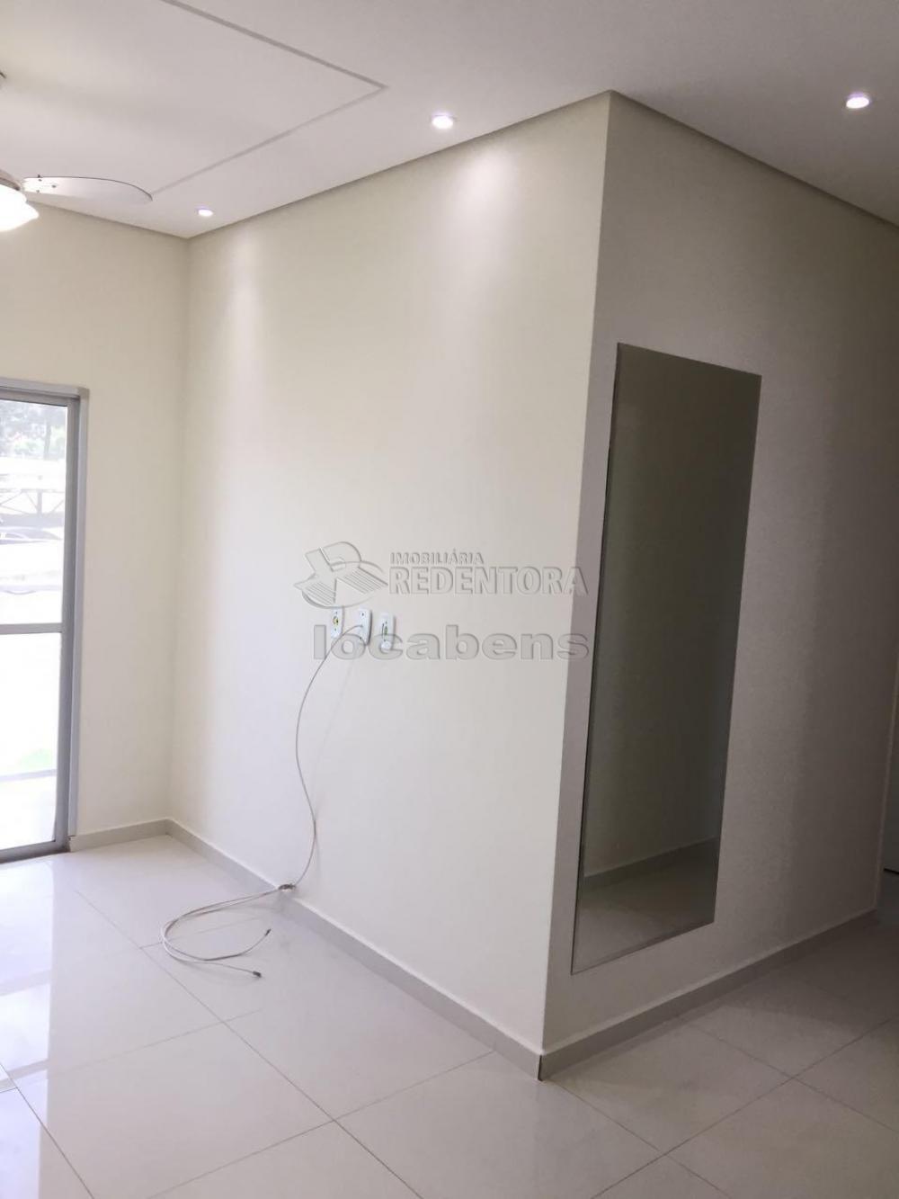 Comprar Apartamento / Padrão em São José do Rio Preto apenas R$ 180.000,00 - Foto 1