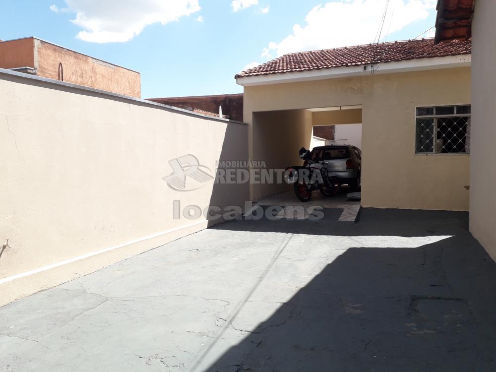 Comprar Casa / Padrão em São José do Rio Preto R$ 300.000,00 - Foto 2