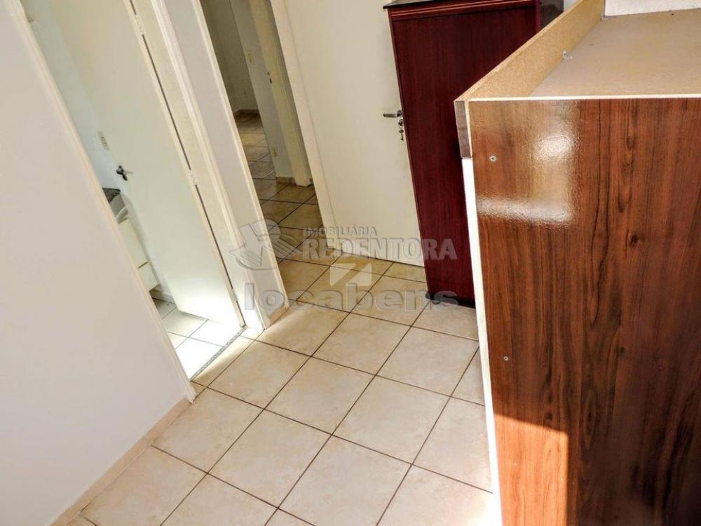 Comprar Apartamento / Padrão em Campinas apenas R$ 230.000,00 - Foto 3