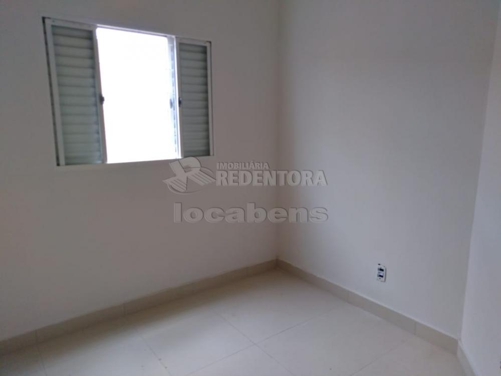 Comprar Casa / Padrão em São José do Rio Preto R$ 275.000,00 - Foto 6