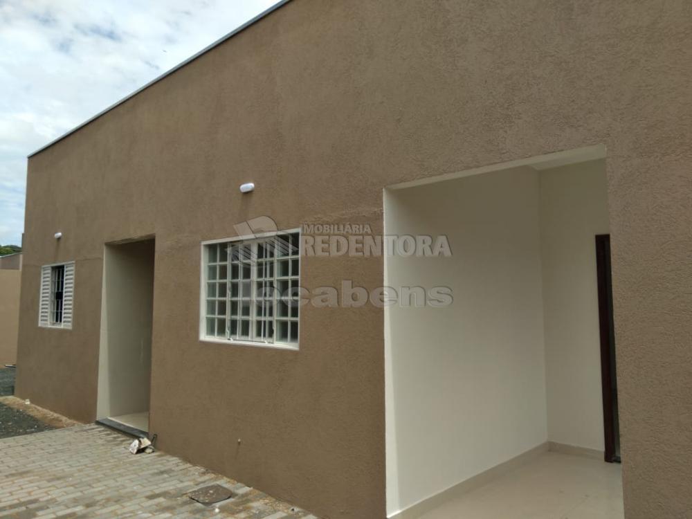 Comprar Casa / Padrão em São José do Rio Preto R$ 275.000,00 - Foto 2
