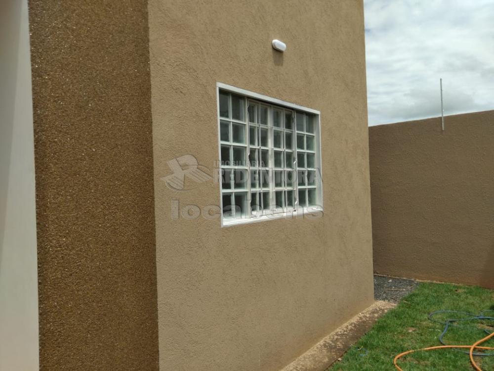 Comprar Casa / Padrão em São José do Rio Preto R$ 275.000,00 - Foto 3