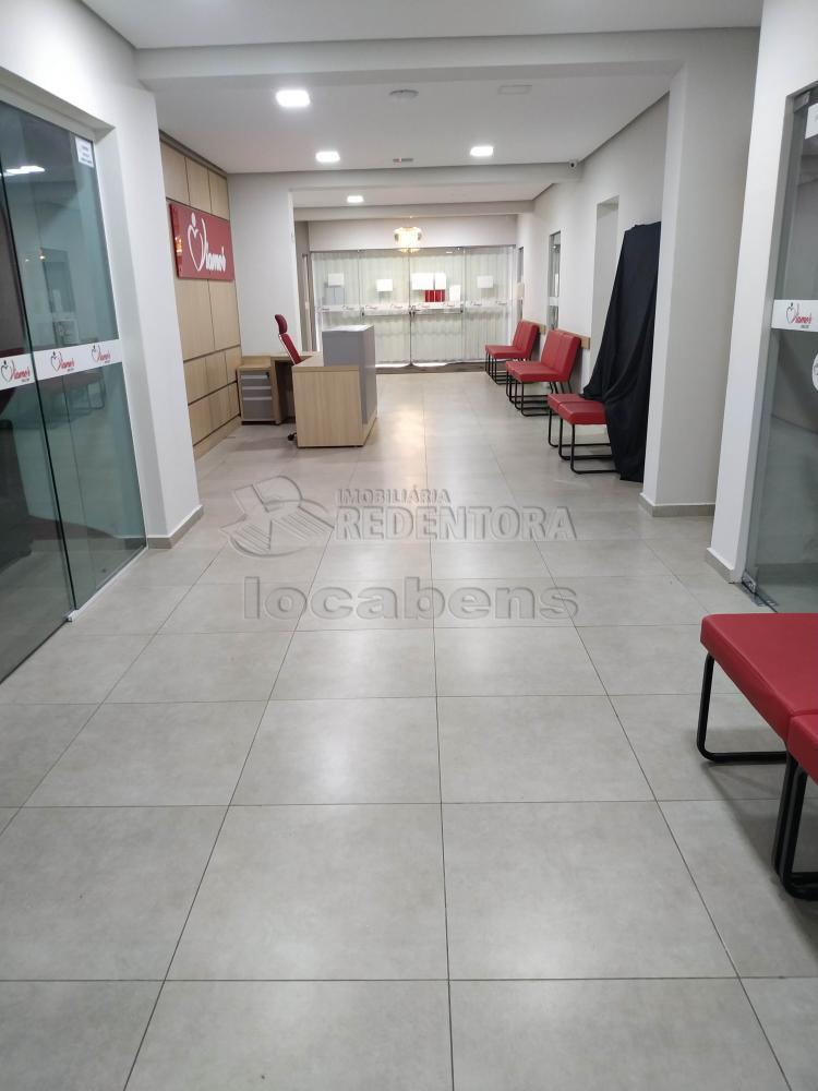 Comprar Comercial / Salão em São José do Rio Preto R$ 3.500.000,00 - Foto 3