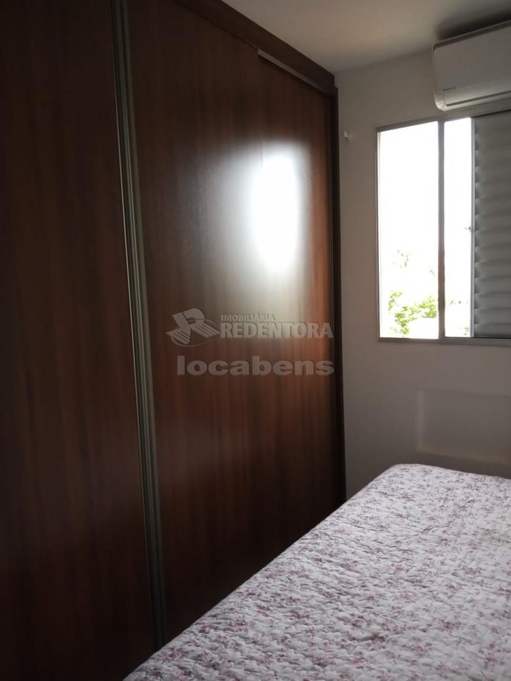 Comprar Apartamento / Padrão em São José do Rio Preto R$ 165.000,00 - Foto 12