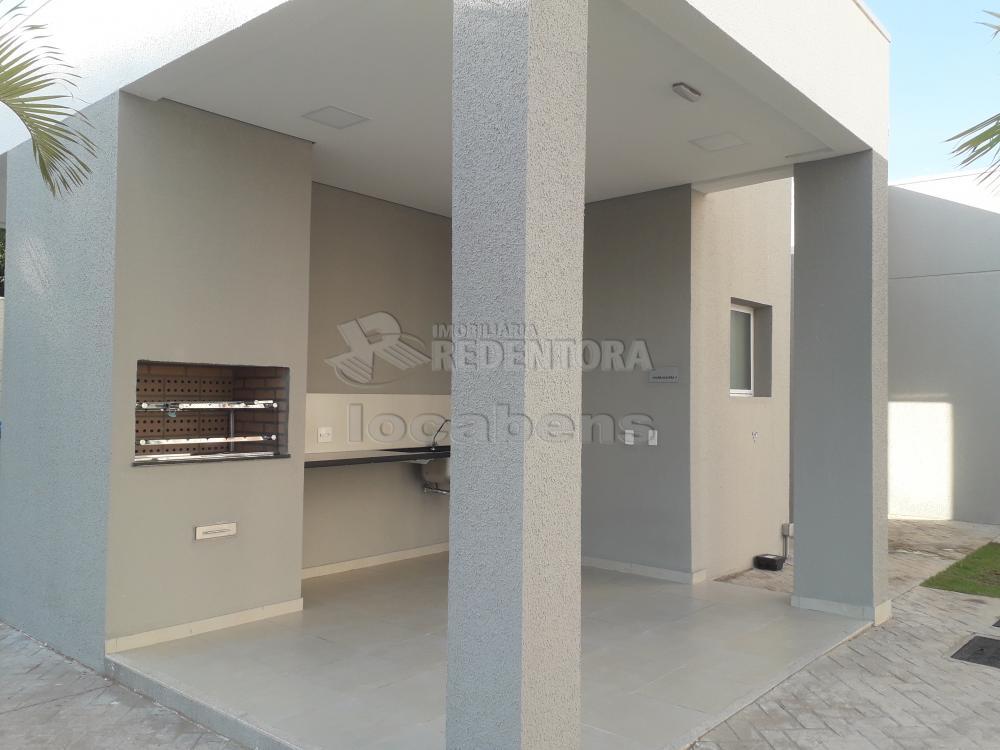 Alugar Apartamento / Padrão em São José do Rio Preto R$ 1.000,00 - Foto 11
