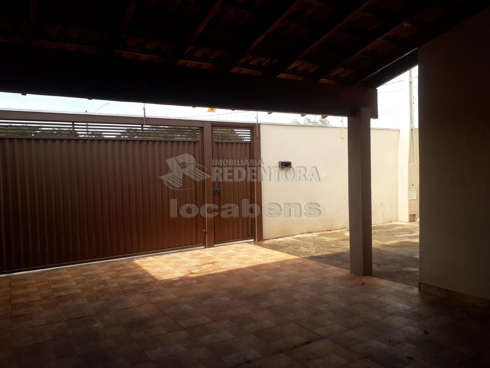Comprar Casa / Padrão em São José do Rio Preto R$ 240.000,00 - Foto 3