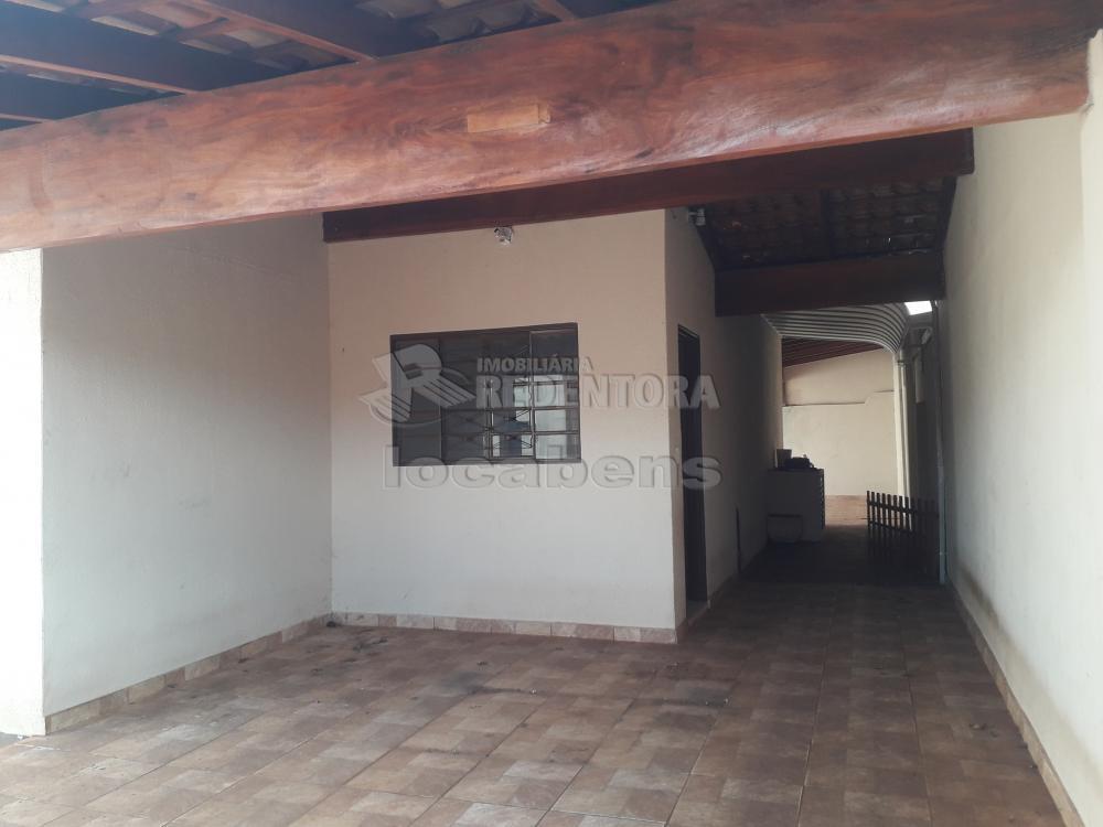Comprar Casa / Padrão em São José do Rio Preto R$ 240.000,00 - Foto 4