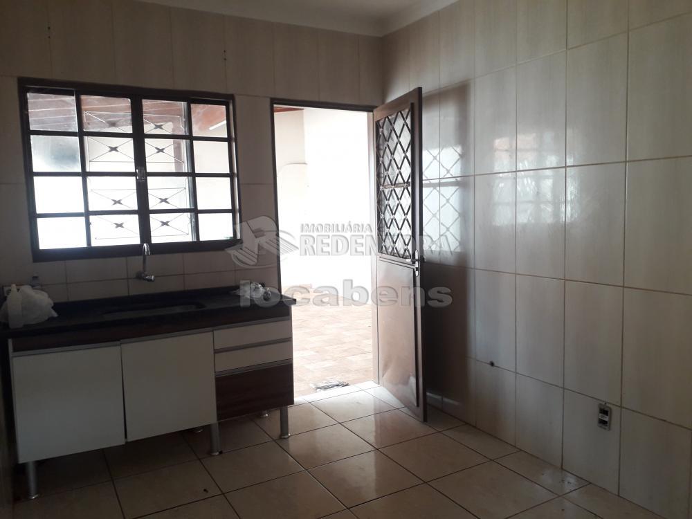 Comprar Casa / Padrão em São José do Rio Preto R$ 240.000,00 - Foto 7