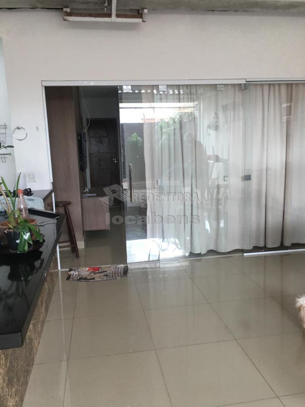 Alugar Casa / Condomínio em São José do Rio Preto R$ 1.400,00 - Foto 1