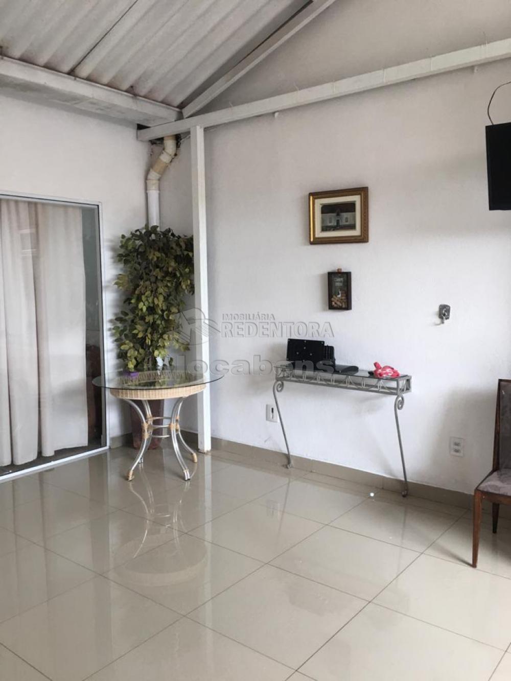 Alugar Casa / Condomínio em São José do Rio Preto R$ 1.400,00 - Foto 4