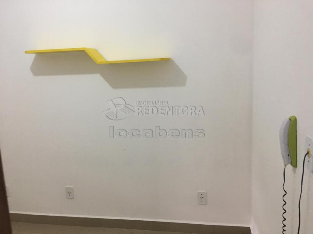 Alugar Casa / Condomínio em São José do Rio Preto R$ 1.400,00 - Foto 20