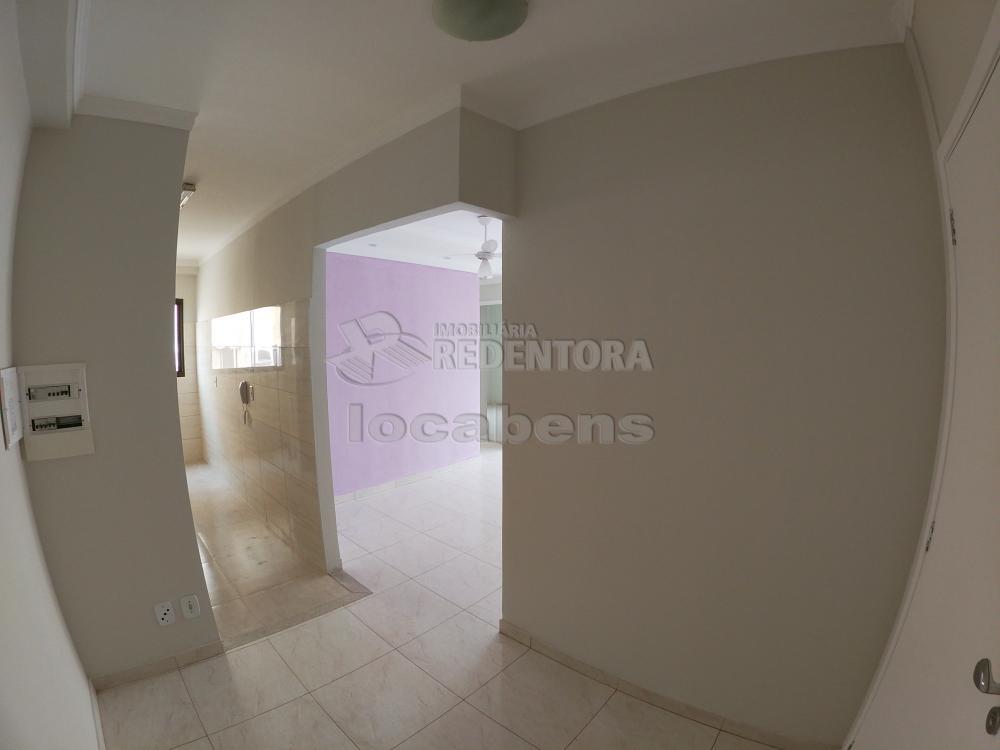 Alugar Apartamento / Padrão em São José do Rio Preto R$ 1.200,00 - Foto 3