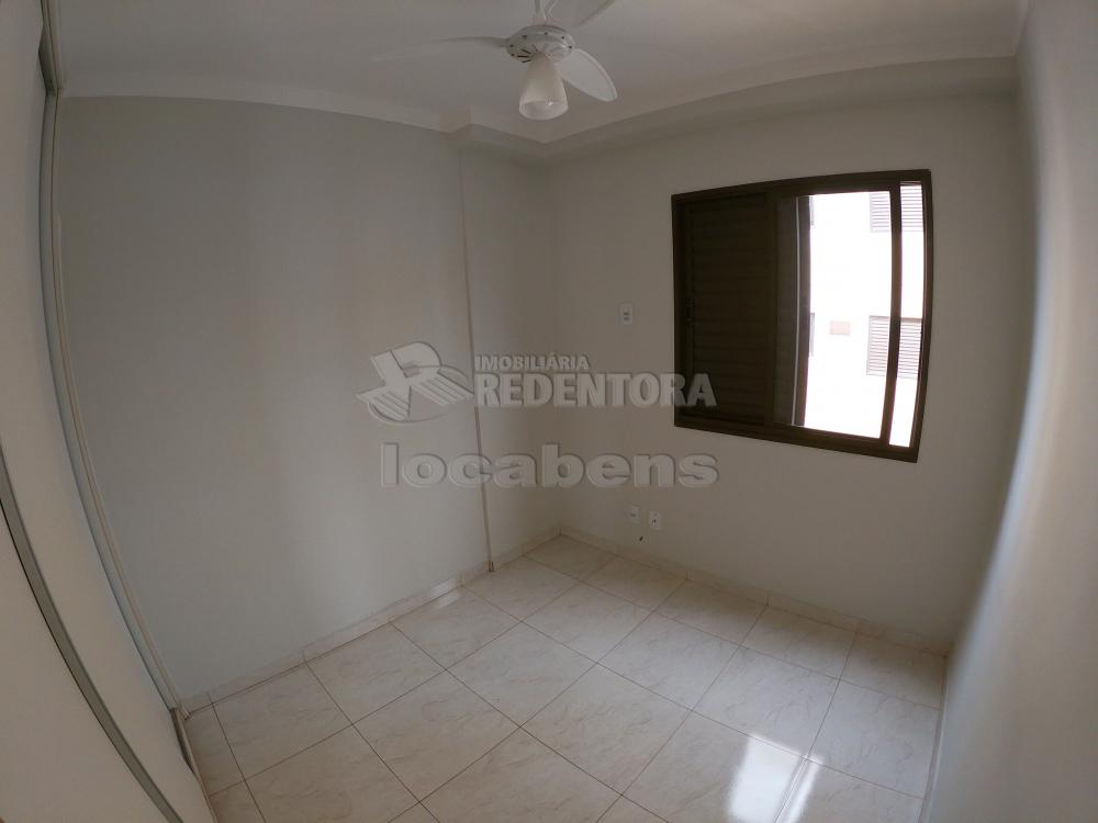 Alugar Apartamento / Padrão em São José do Rio Preto R$ 1.200,00 - Foto 13