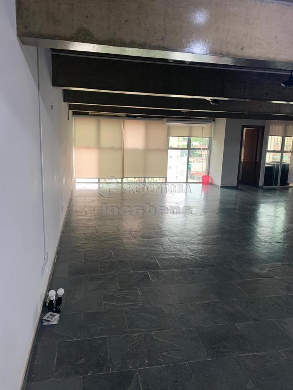 Comprar Comercial / Sala em São José do Rio Preto R$ 450.000,00 - Foto 11