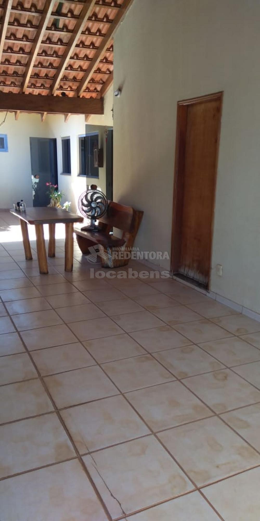 Comprar Casa / Padrão em São José do Rio Preto R$ 350.000,00 - Foto 1
