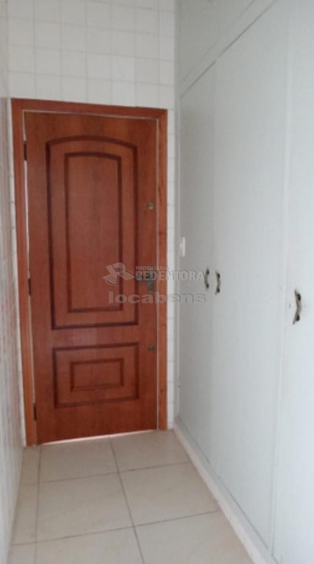 Comprar Apartamento / Padrão em São José do Rio Preto R$ 340.000,00 - Foto 13