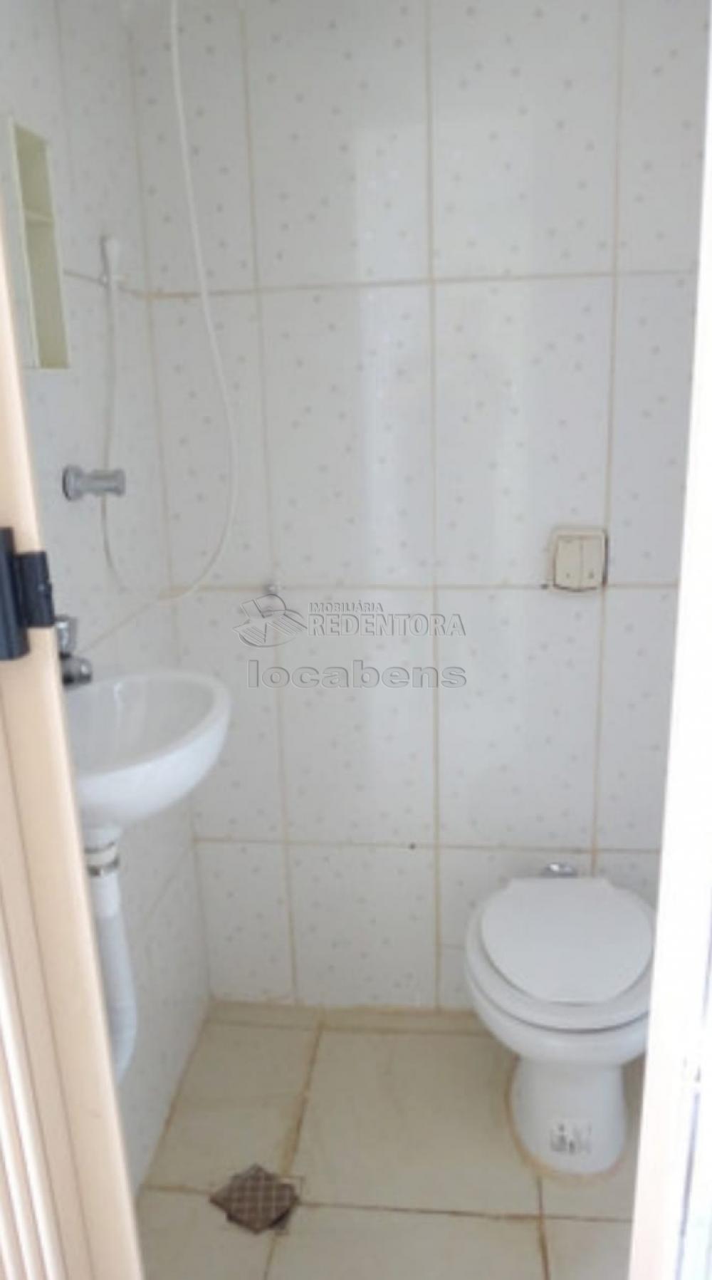 Comprar Apartamento / Padrão em São José do Rio Preto R$ 340.000,00 - Foto 9