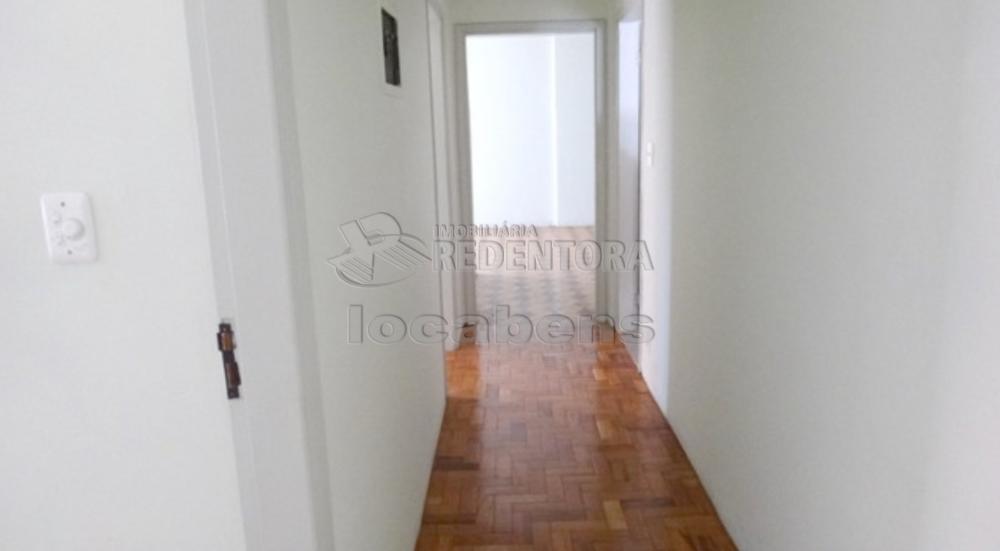 Comprar Apartamento / Padrão em São José do Rio Preto R$ 340.000,00 - Foto 5