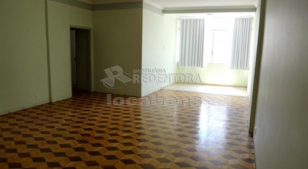 Comprar Apartamento / Padrão em São José do Rio Preto R$ 340.000,00 - Foto 4