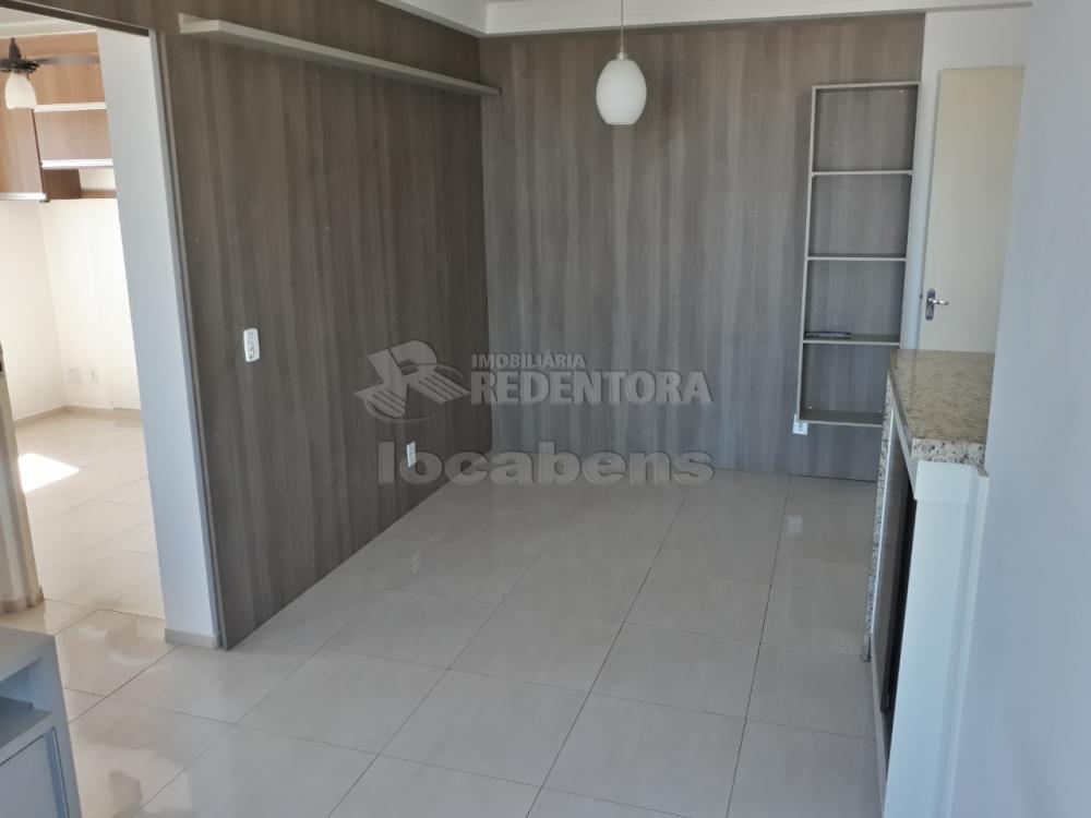 Alugar Apartamento / Padrão em São José do Rio Preto R$ 900,00 - Foto 16