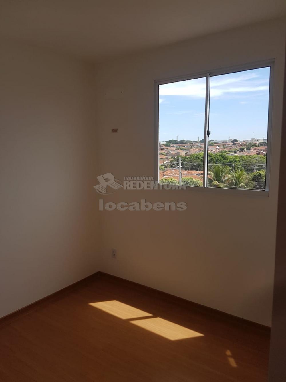 Alugar Apartamento / Padrão em São José do Rio Preto R$ 600,00 - Foto 6