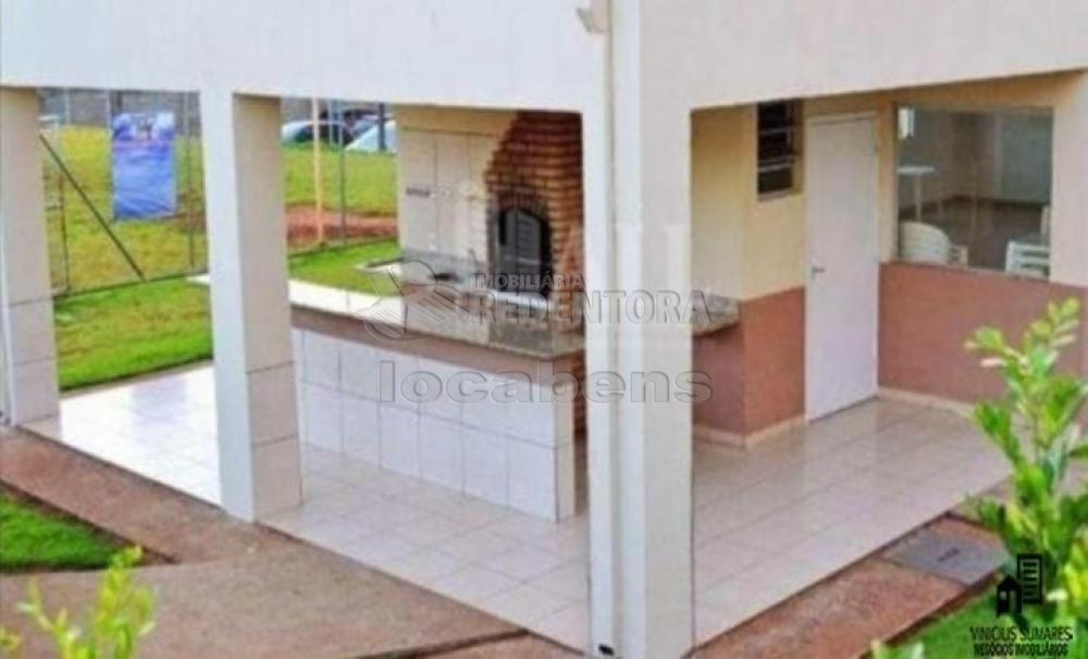 Comprar Apartamento / Padrão em São José do Rio Preto R$ 195.000,00 - Foto 18