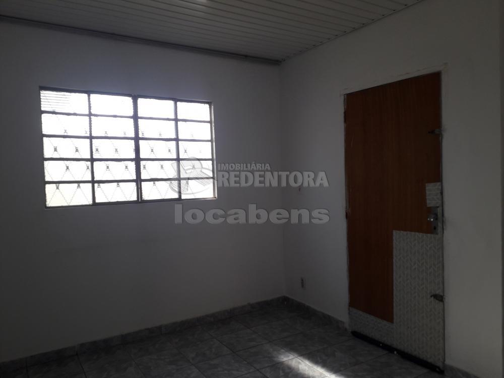 Comprar Casa / Padrão em São José do Rio Preto R$ 120.000,00 - Foto 3