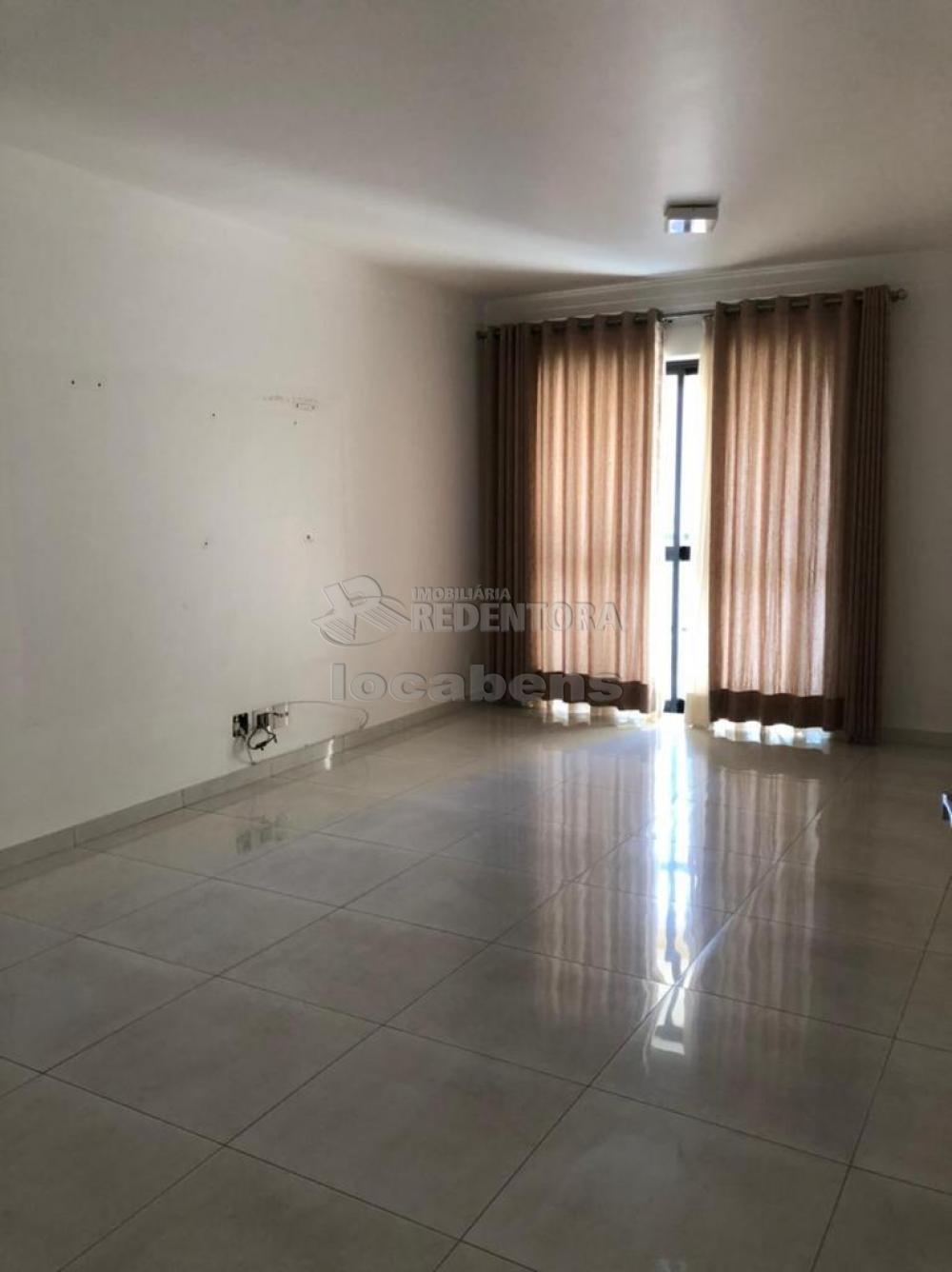 Comprar Apartamento / Padrão em São José do Rio Preto R$ 450.000,00 - Foto 12