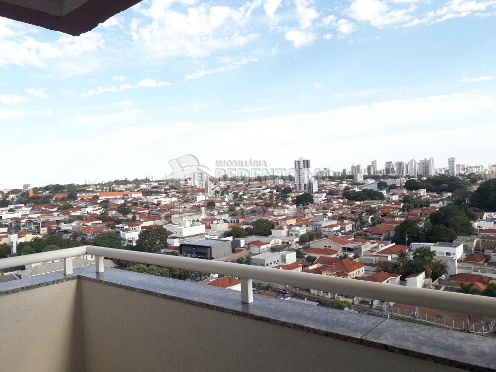 Alugar Apartamento / Padrão em São José do Rio Preto R$ 1.300,00 - Foto 4