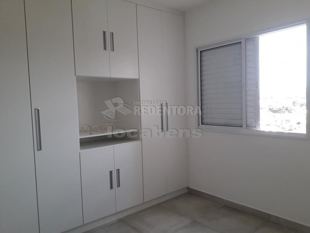 Alugar Apartamento / Padrão em São José do Rio Preto R$ 1.300,00 - Foto 9