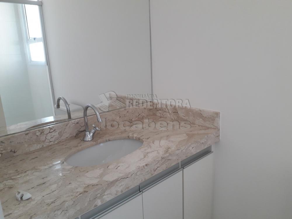 Alugar Apartamento / Padrão em São José do Rio Preto R$ 1.300,00 - Foto 11