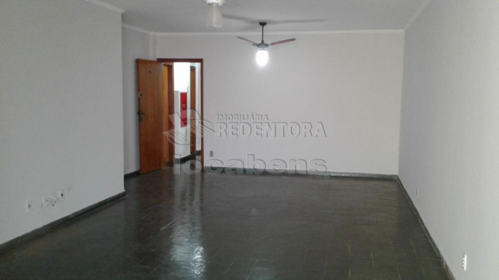 Comprar Apartamento / Padrão em São José do Rio Preto R$ 250.000,00 - Foto 1