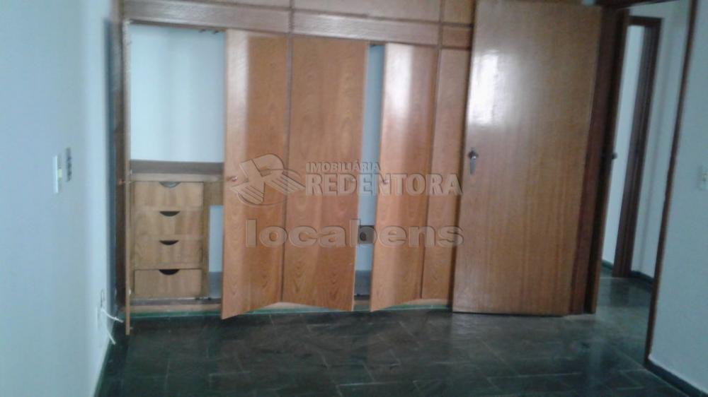 Comprar Apartamento / Padrão em São José do Rio Preto R$ 250.000,00 - Foto 5