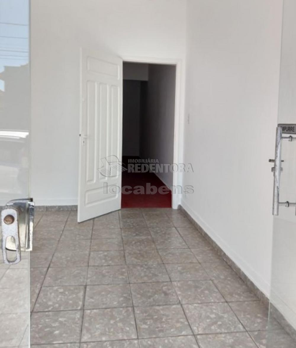 Alugar Comercial / Sala em São José do Rio Preto R$ 1.350,00 - Foto 4