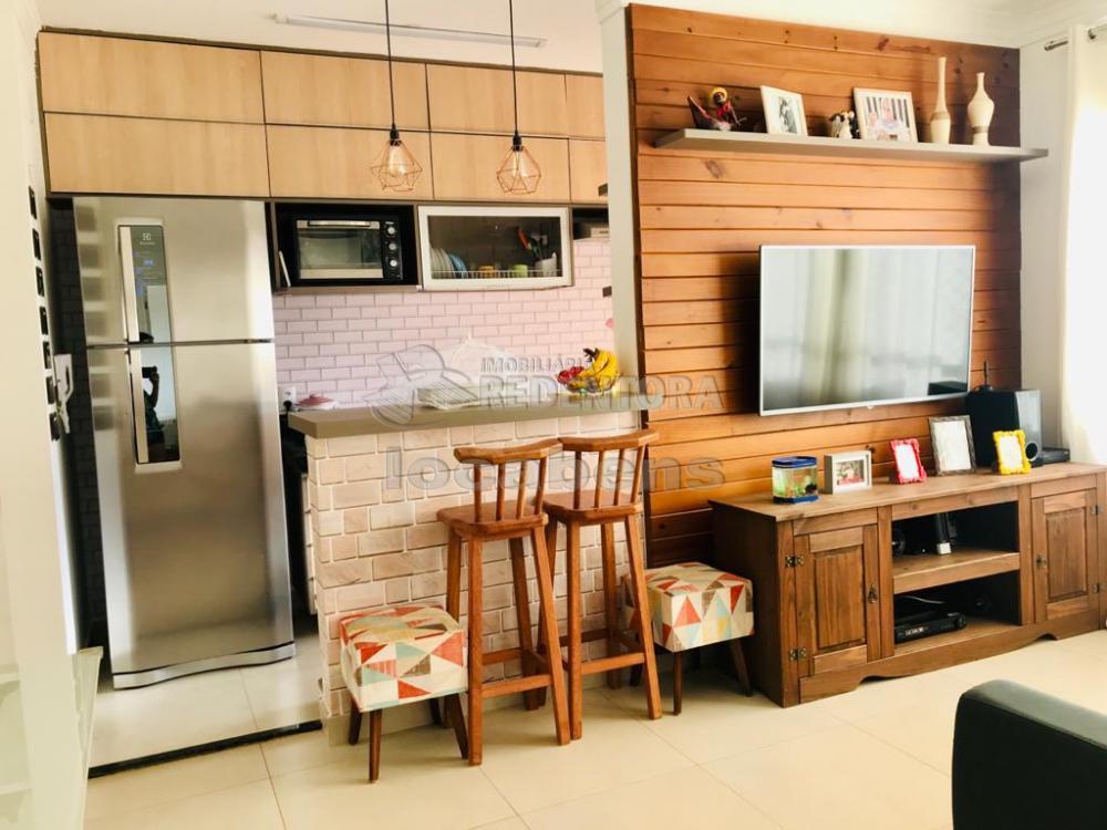 Comprar Apartamento / Padrão em São José do Rio Preto R$ 360.000,00 - Foto 2