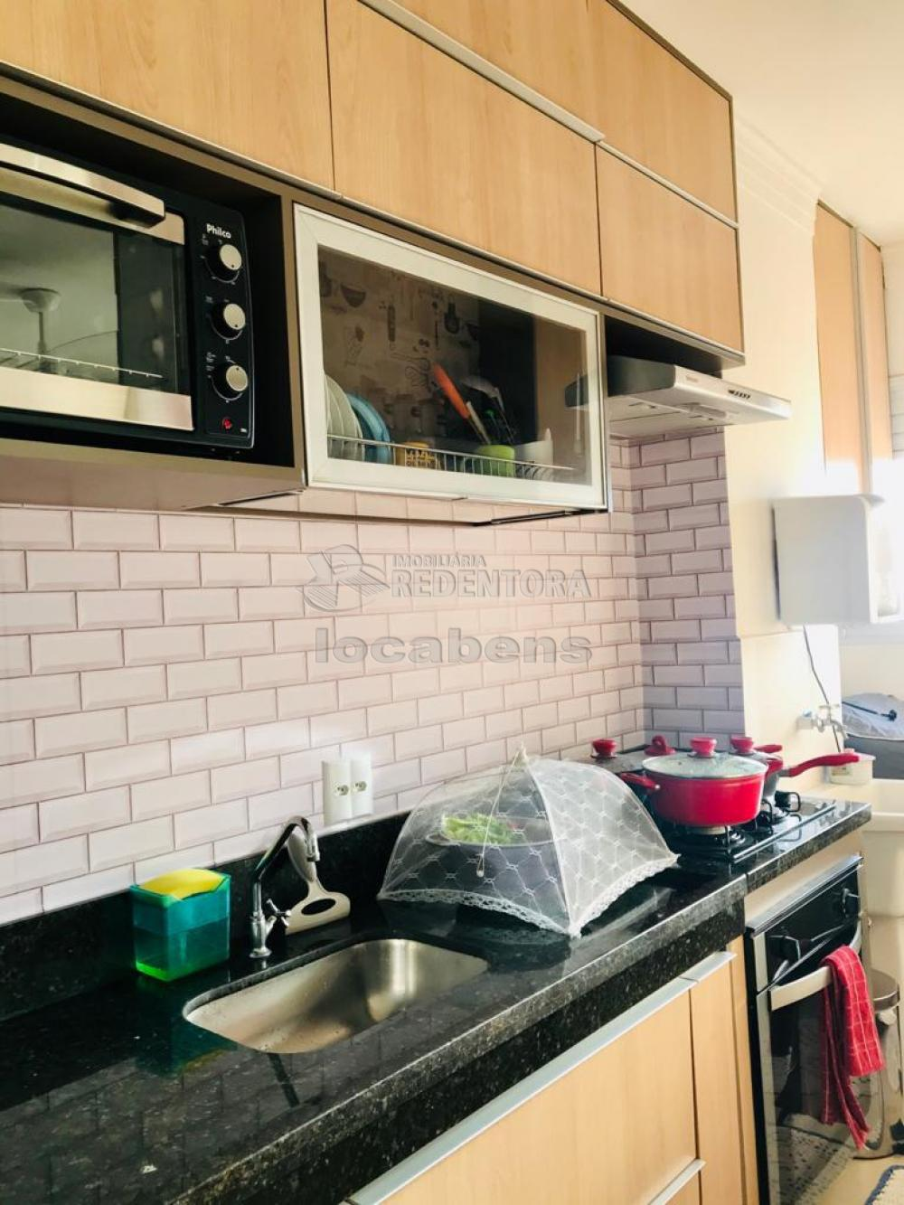 Comprar Apartamento / Padrão em São José do Rio Preto R$ 360.000,00 - Foto 17