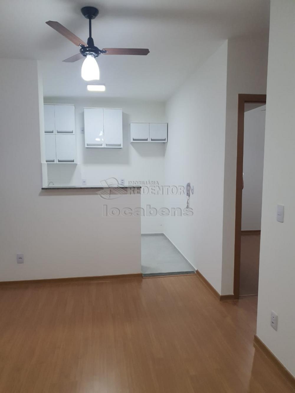 Alugar Apartamento / Padrão em São José do Rio Preto R$ 1.100,00 - Foto 6