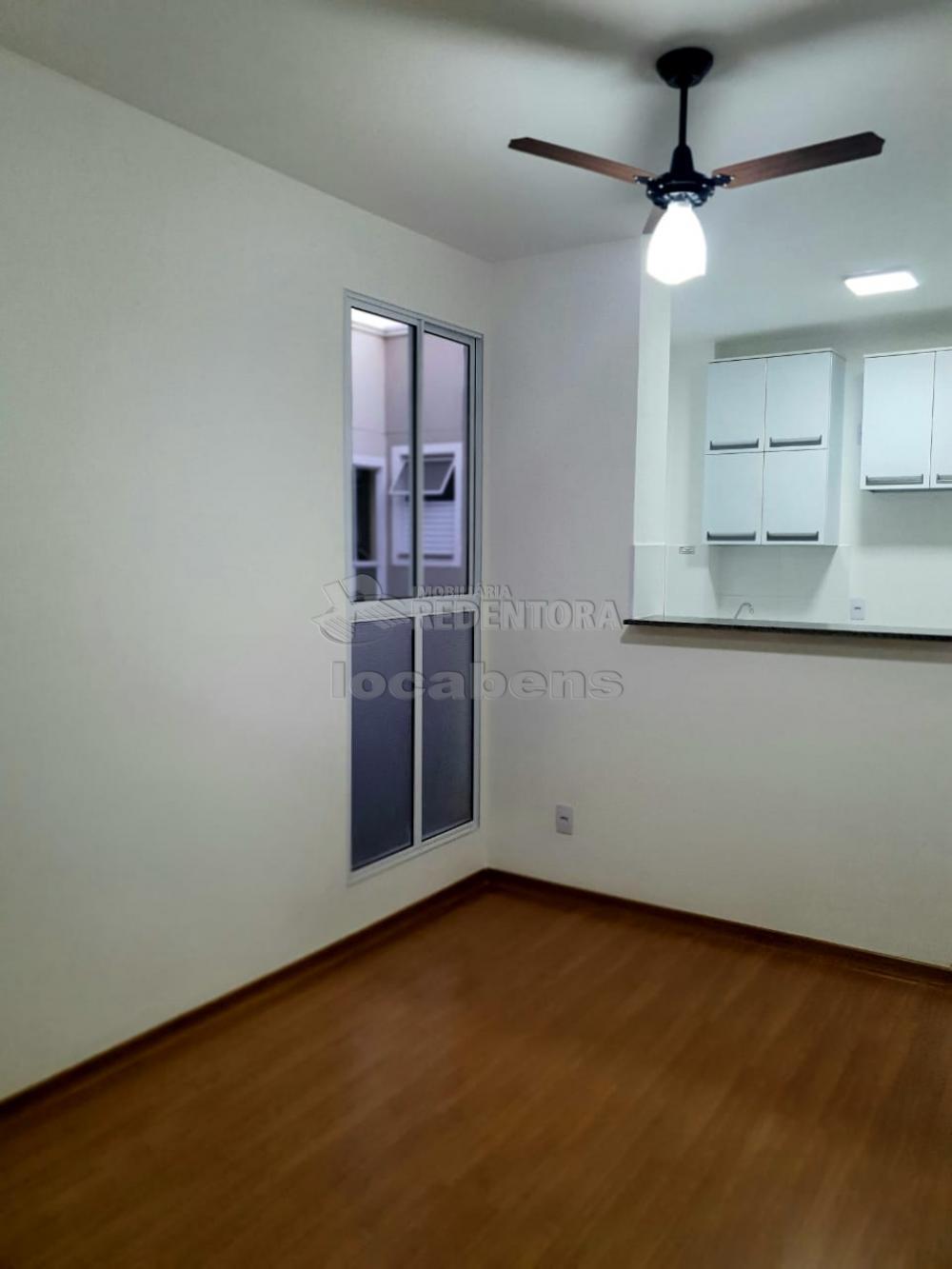 Alugar Apartamento / Padrão em São José do Rio Preto R$ 1.100,00 - Foto 7