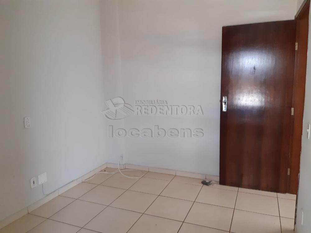 Comprar Apartamento / Padrão em São José do Rio Preto R$ 240.000,00 - Foto 20