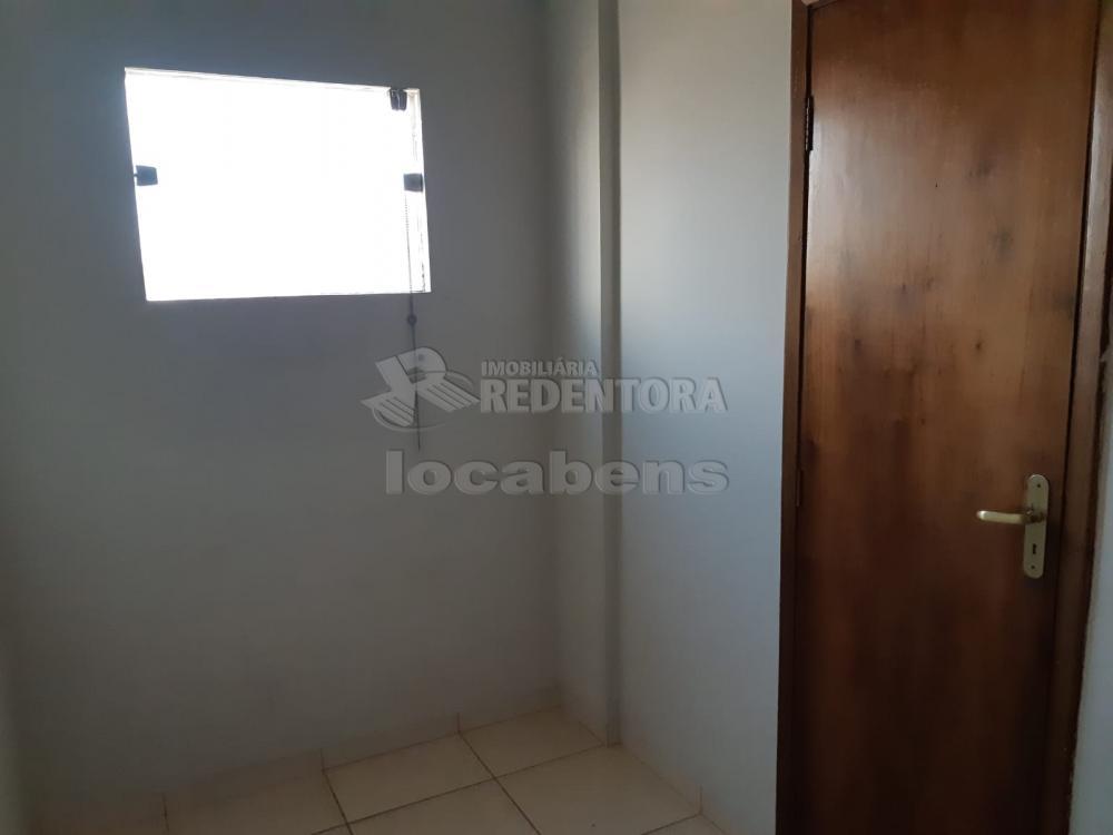 Comprar Apartamento / Padrão em São José do Rio Preto R$ 240.000,00 - Foto 30