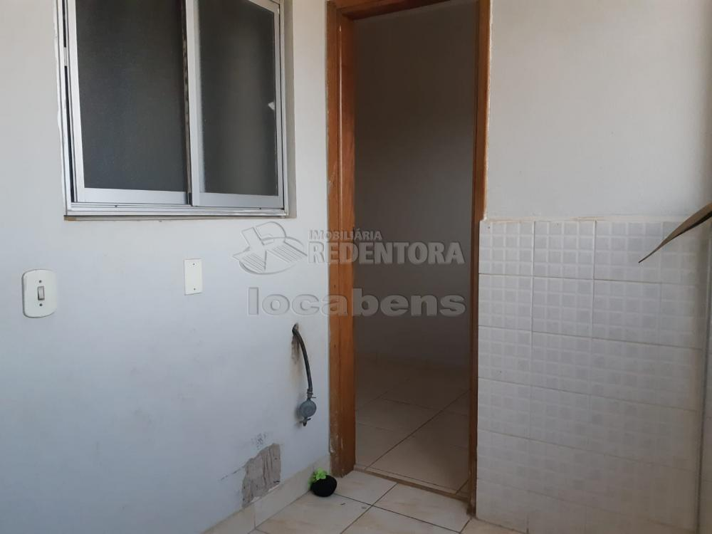 Comprar Apartamento / Padrão em São José do Rio Preto R$ 240.000,00 - Foto 24