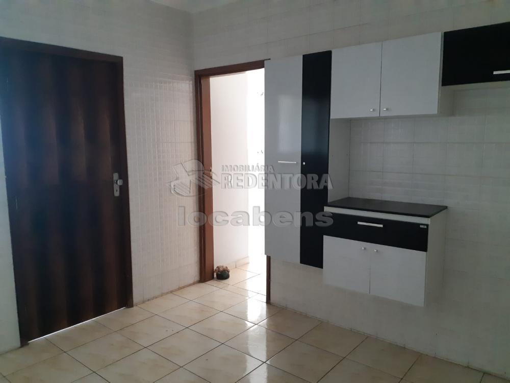 Comprar Apartamento / Padrão em São José do Rio Preto R$ 240.000,00 - Foto 23