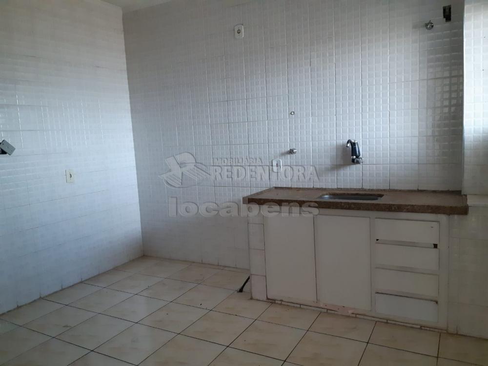 Comprar Apartamento / Padrão em São José do Rio Preto R$ 240.000,00 - Foto 21
