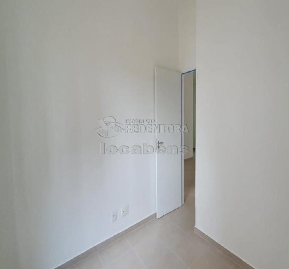 Comprar Apartamento / Padrão em São José do Rio Preto R$ 240.000,00 - Foto 15